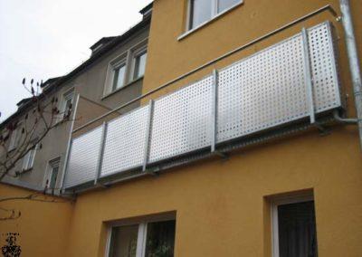 Schlosserei-Metallbau-Duerrbeck-Balkongeländer-Beispiel10