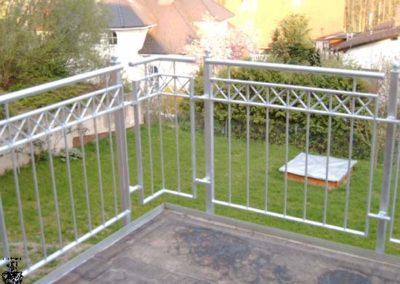 Schlosserei-Metallbau-Duerrbeck-Balkongeländer-Beispiel102