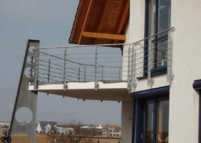Schlosserei-Metallbau-Duerrbeck-Balkongeländer-Beispiel27