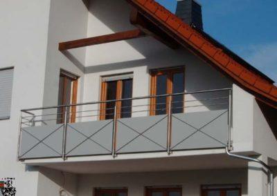 Schlosserei-Metallbau-Duerrbeck-Balkongeländer-Beispiel33