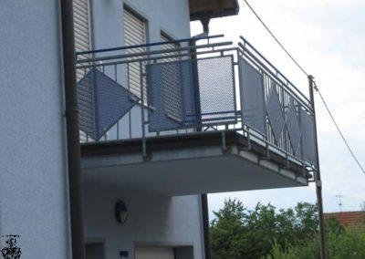 Schlosserei-Metallbau-Duerrbeck-Balkongeländer-Beispiel56