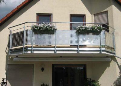 Schlosserei-Metallbau-Duerrbeck-Balkongeländer-Beispiel65