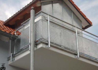 Schlosserei-Metallbau-Duerrbeck-Balkongeländer-Beispiel73