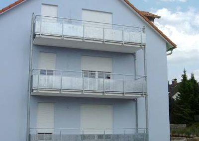 Schlosserei-Metallbau-Duerrbeck-Balkongeländer-Beispiel86